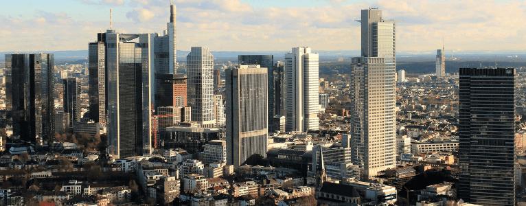 Die großen Wolkenkratzer machen Frankfurts Skyline aus
